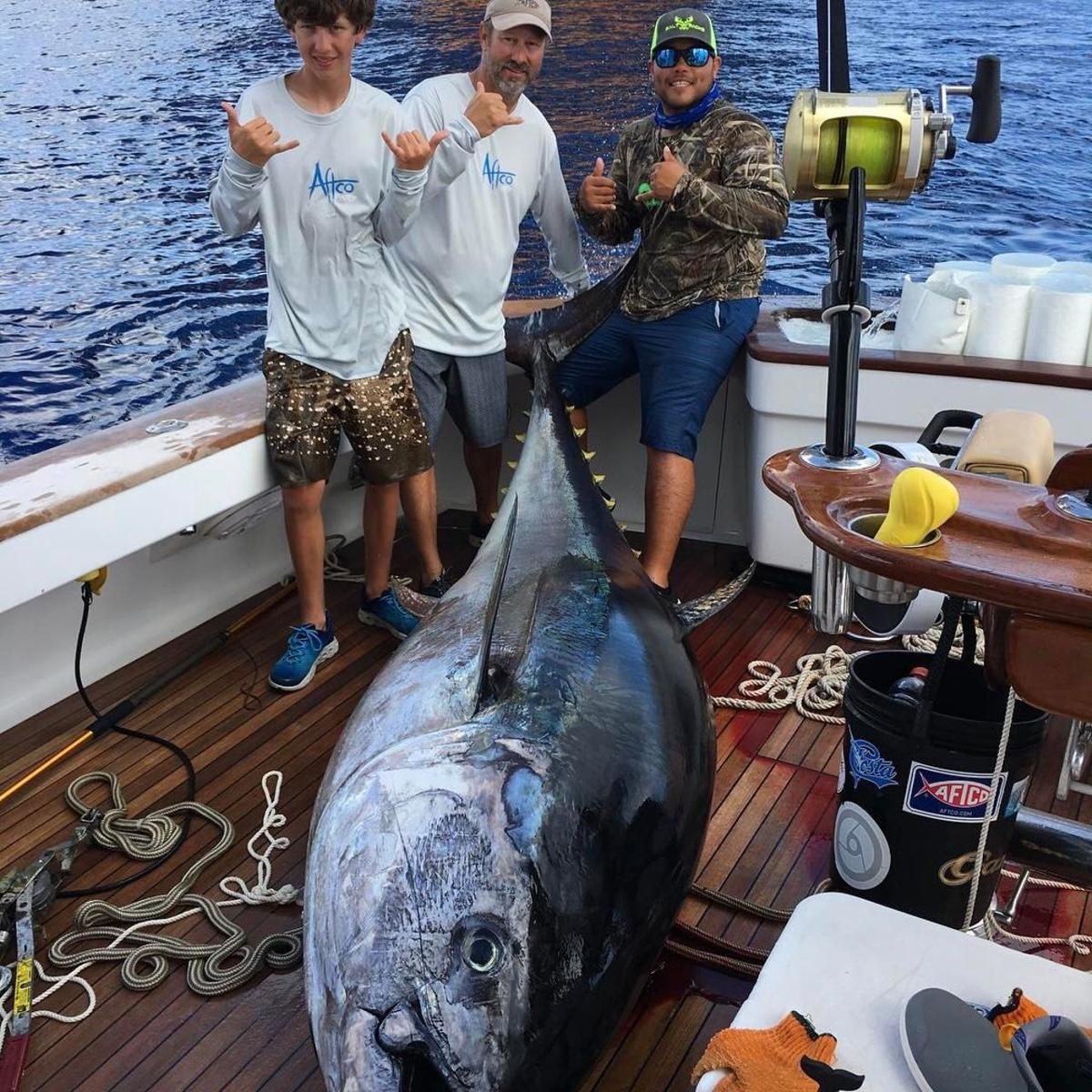 835 pounds lafayette teen battles giant bluefin tuna for for Louisiana fish and game