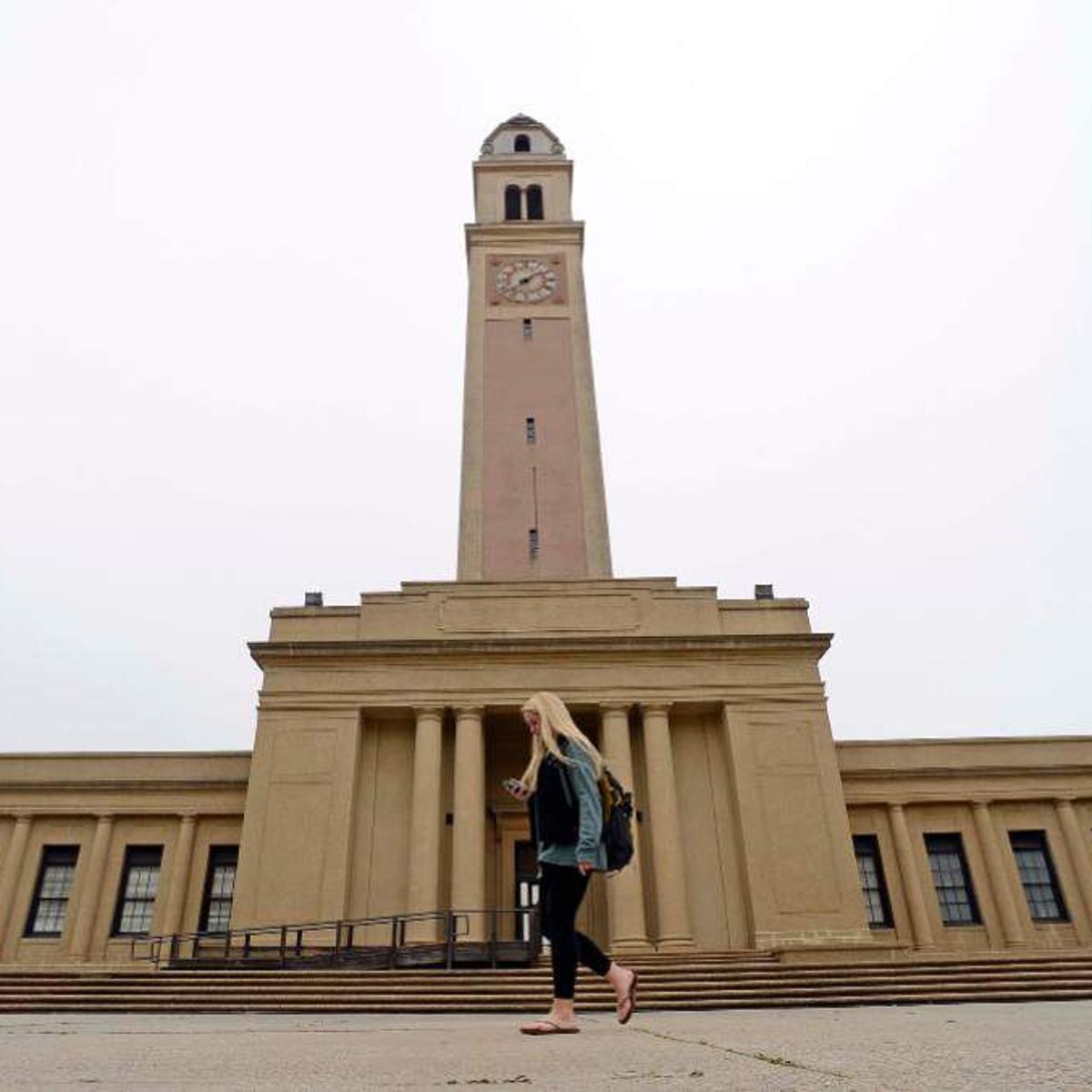 LSU moves to ban smoking on its Baton Rouge campus