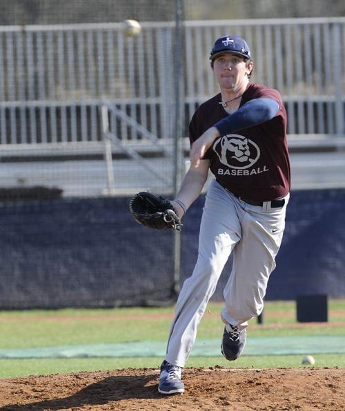 St. Thomas More gets boost as several pitchers, including Hogan Harris, get back into action after injuries _lowres