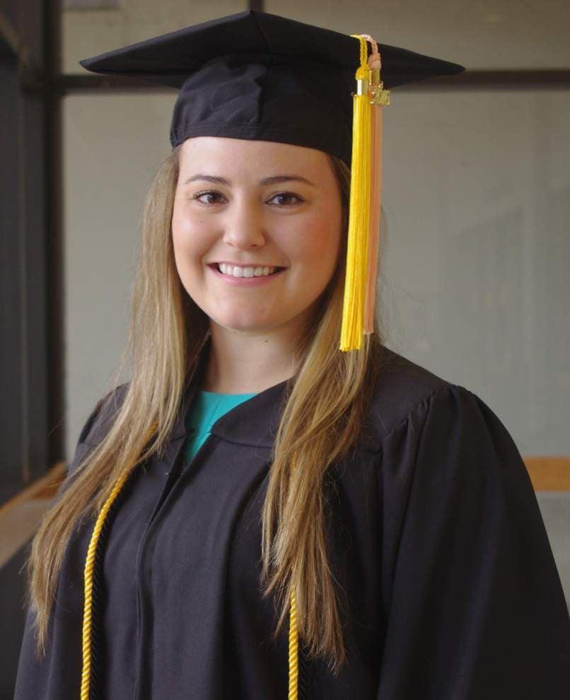 Livingston Parish students honored at graduation _lowres