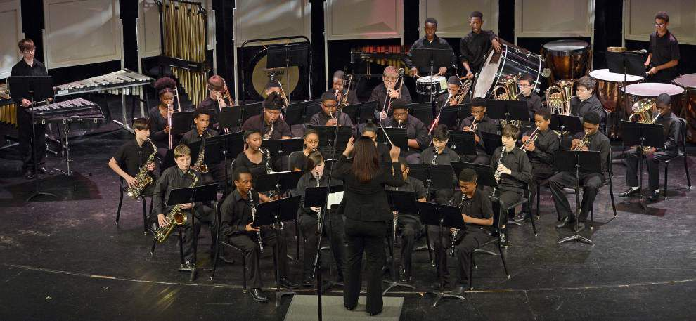 Baker, Zachary middle school bands perform _lowres