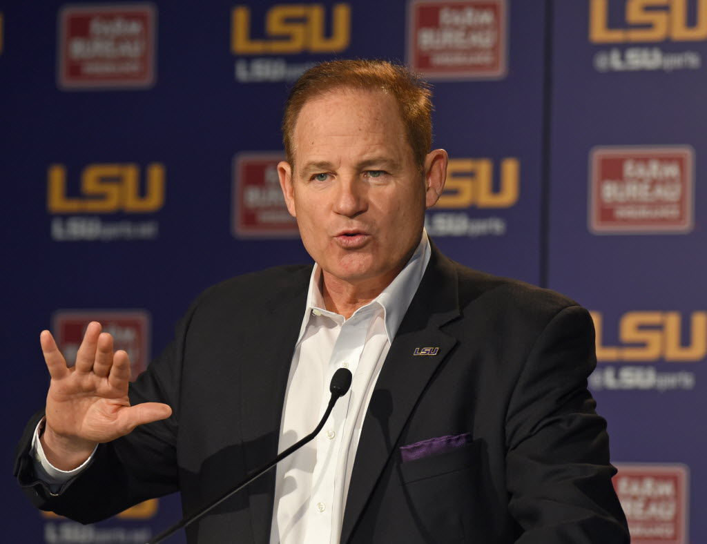 rabalais on les miles 39 job security poor attendance at tiger stadium and leonard fournette 39 s. Black Bedroom Furniture Sets. Home Design Ideas