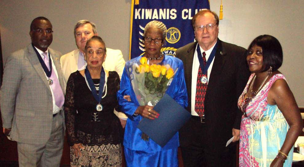 Five receive Walter Zeller award from Kiwanis Club _lowres