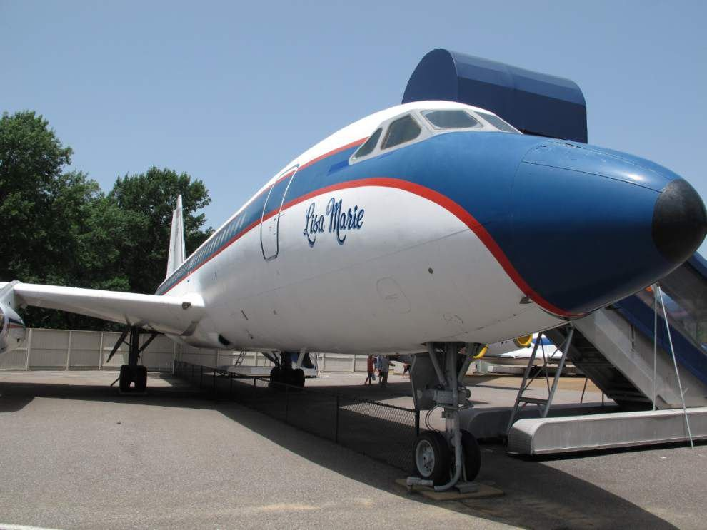 Graceland may remove Presley's old airplanes _lowres