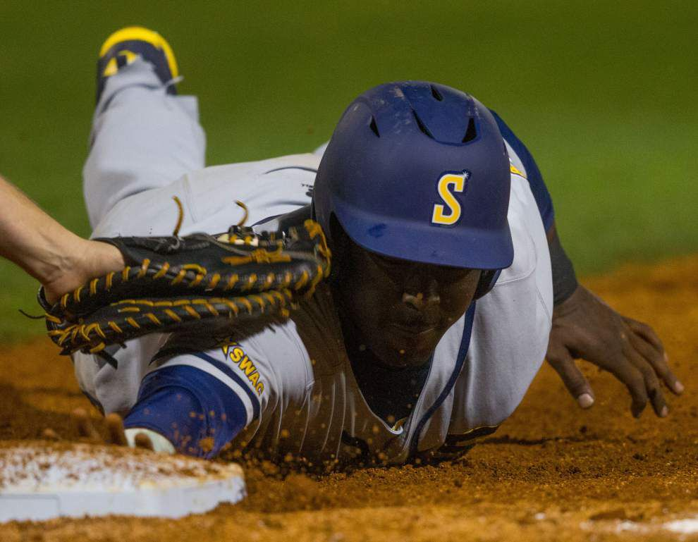 Southern loses to UNO at Urban Invitational _lowres
