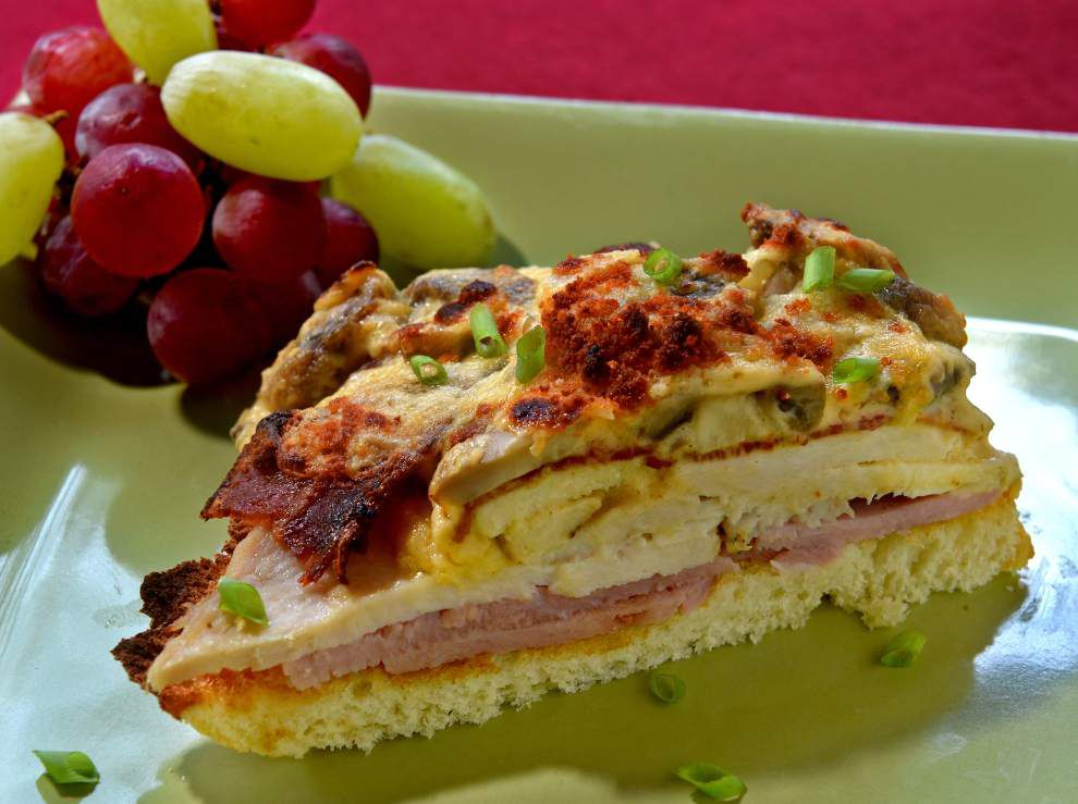 Special sandwiches, sauces can dress up turkey leftovers _lowres