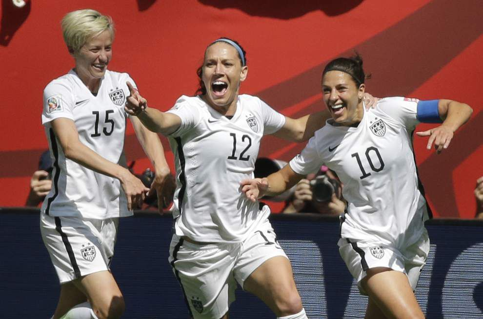 Carli Lloyd leads United States to record third Women's World Cup title with a hat trick in a 5-2 rout of Japan _lowres