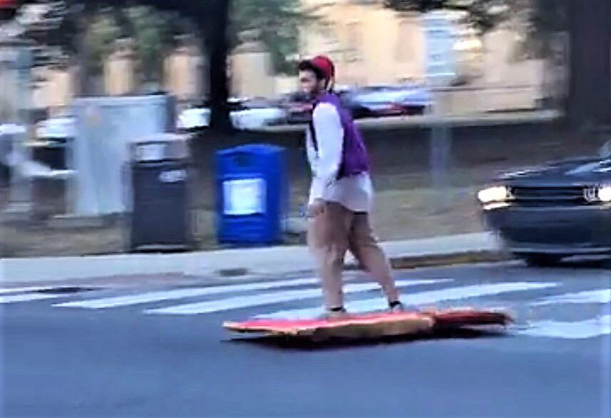 LSU student Mustafa Hamed seen with his working magic carpet and Aladdin costume. & Halloween at LSU: Freshmanu0027s Aladdin (with working carpet) swept ...