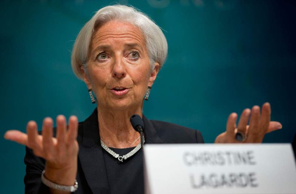 IMF trims forecast for global economic growth _lowres