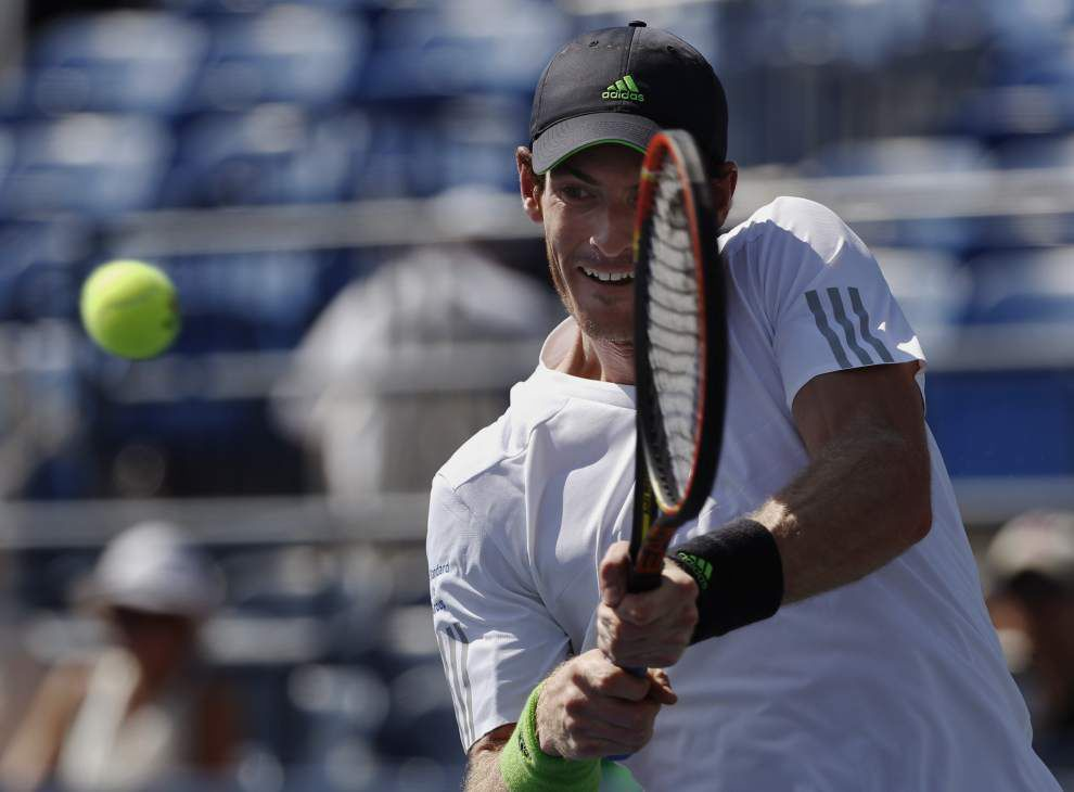Andy Murray overcomes cramps for Open win _lowres