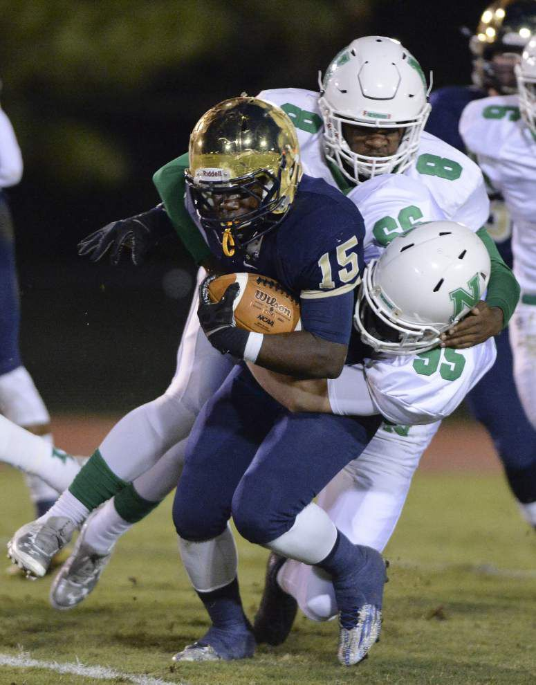 Newman surges past Episcopal for playoff victory _lowres