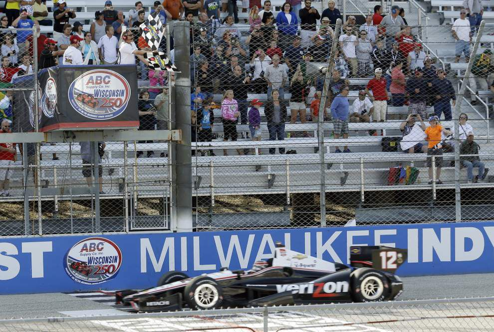Will Power notches win at Milwaukee Mile _lowres