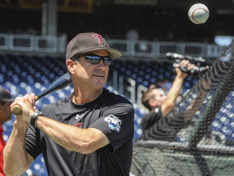 College World Series: Augie Garrido, Mike Gillespie meet again _lowres