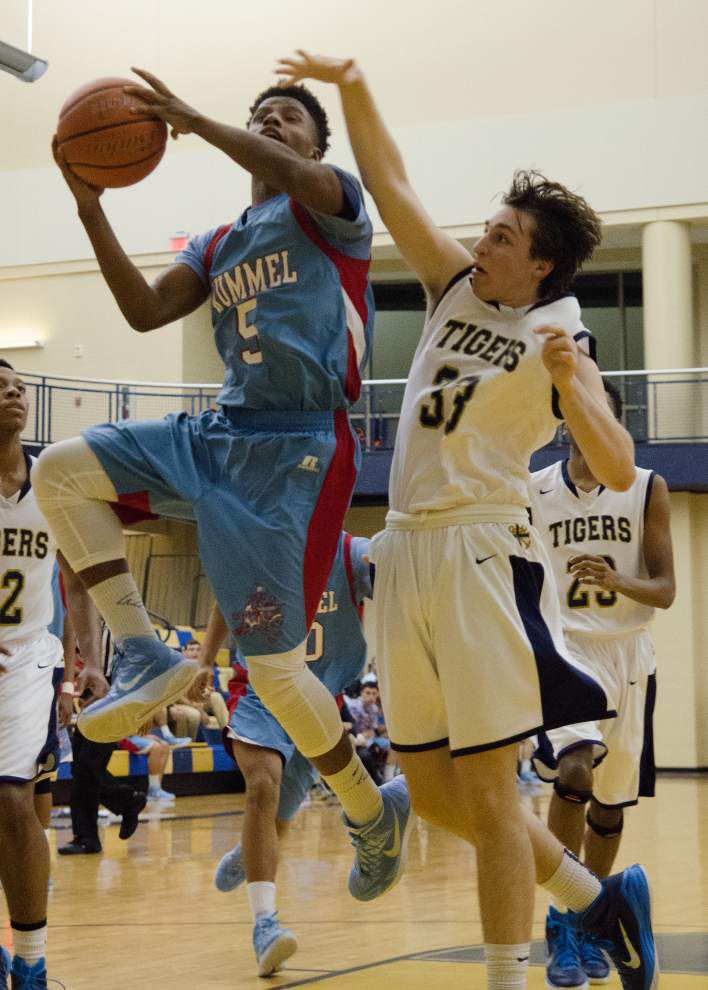 Rummel's Kristian Fulton shows he is clutch in basketball, too _lowres