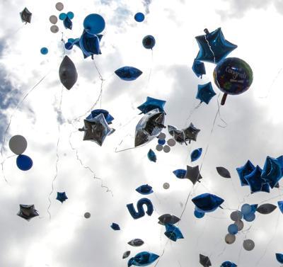 BR.balloonrelease21.051717.jpg (copy)