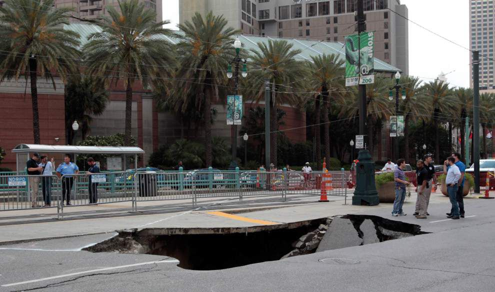 And then there were 3: Another sinkhole opens on New Orleans street this week, WWL reports _lowres
