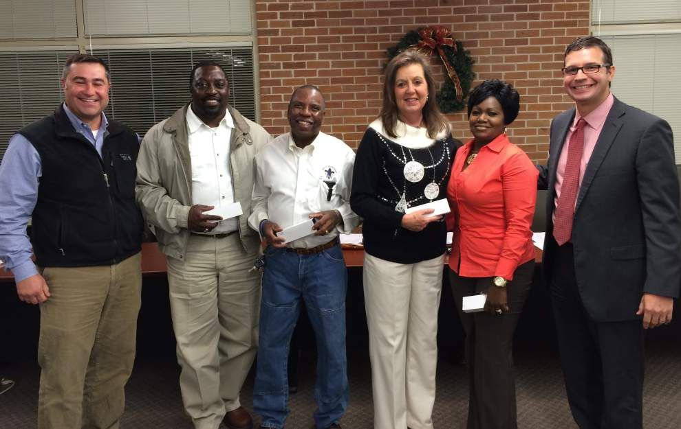 District employees honored for years of service _lowres