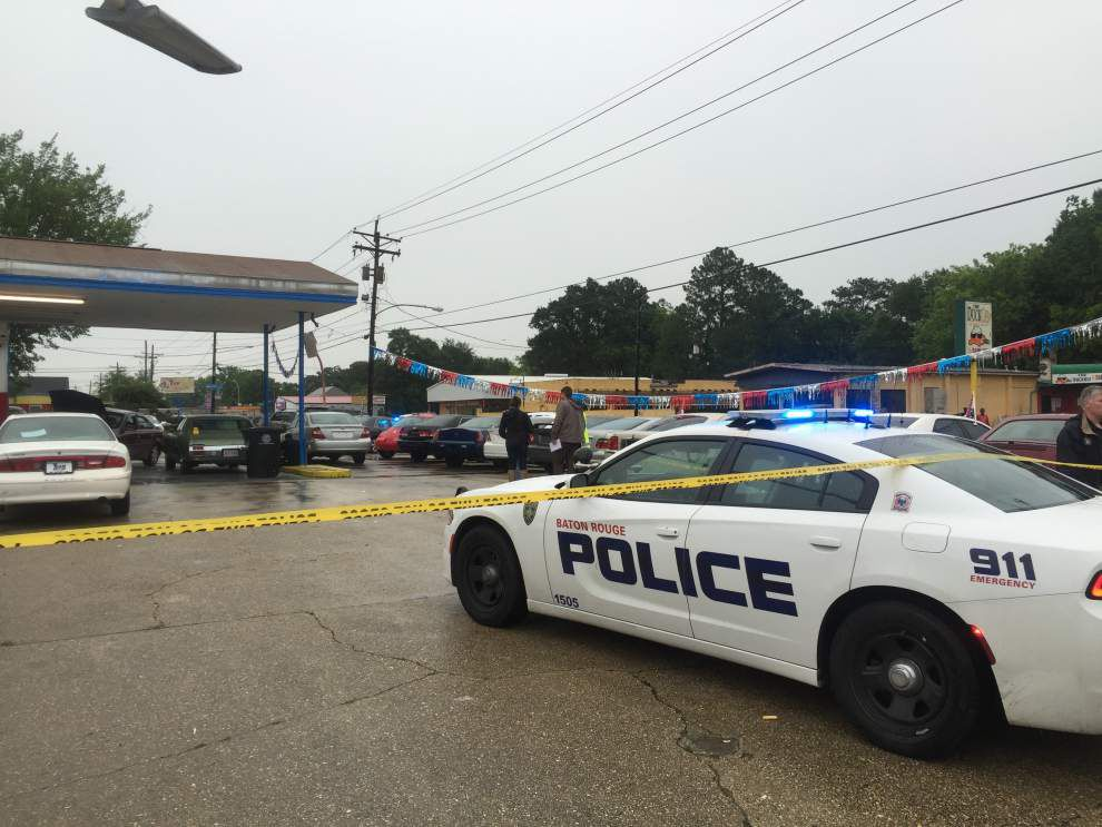 One dead, one wounded in shooting on North Foster in Baton Rouge _lowres