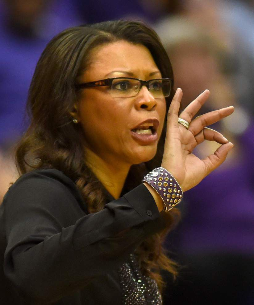 Lady Tigers escape scare from ULM 61-54 in OT _lowres