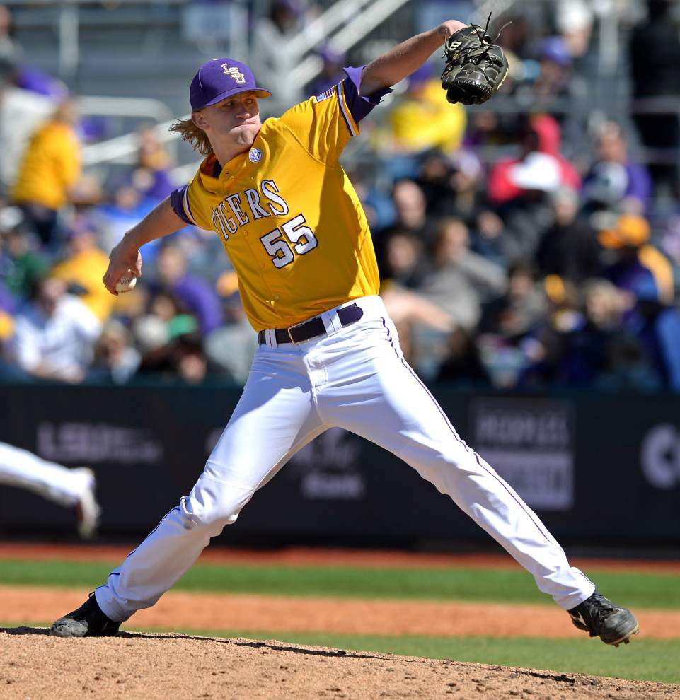 LSU's Paul Mainieri: Hunter Newman 'strong consideration' as closer; Jake Latz doesn't respond well after debut _lowres