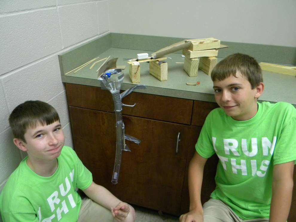Gifted students invent usable machines _lowres