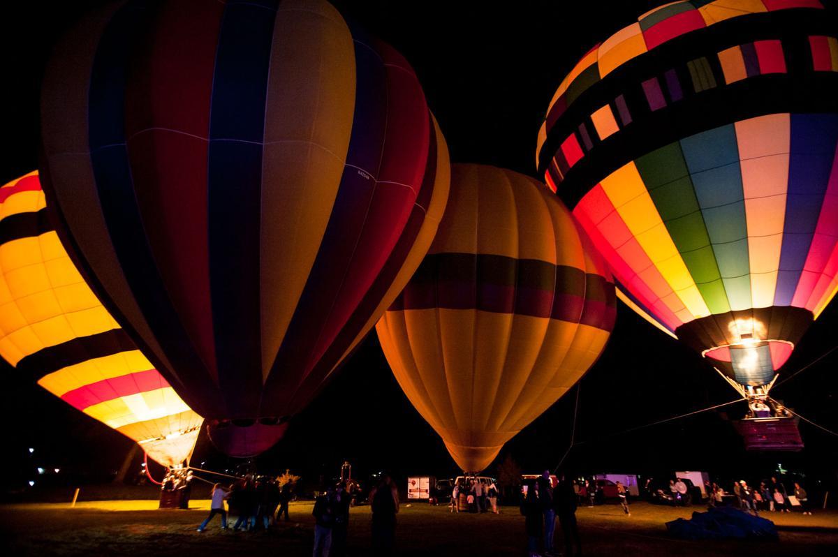 NO.balloonfest.wild.111218.01251