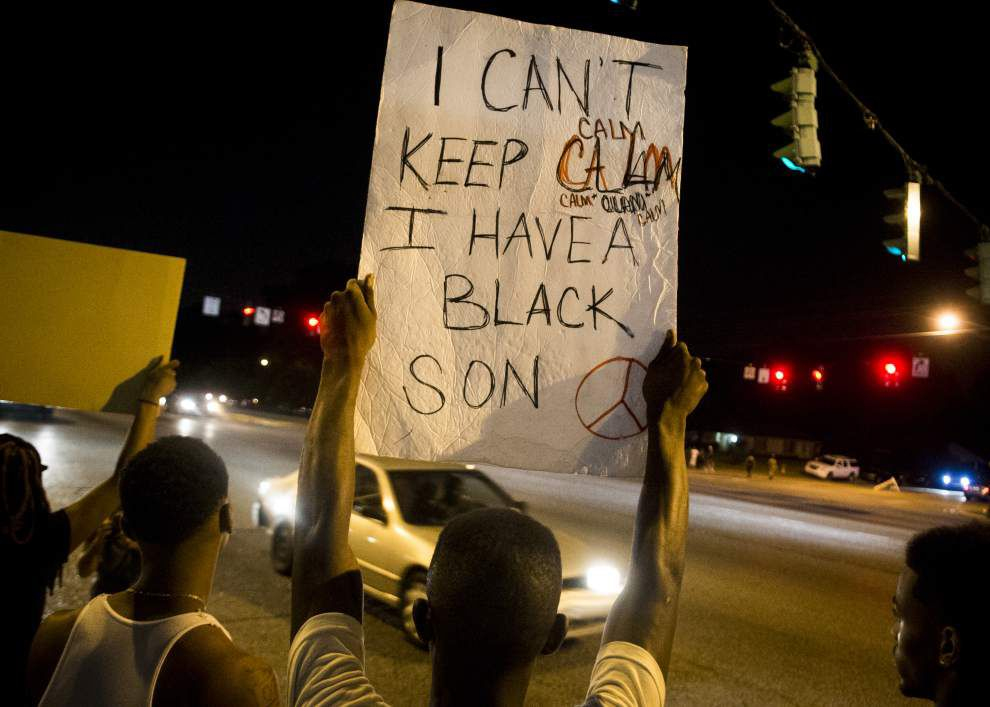 Baton Rouge police say out-of-town people making Alton Sterling demonstrations more violent, promise to 'disperse' any protest that becomes violent _lowres