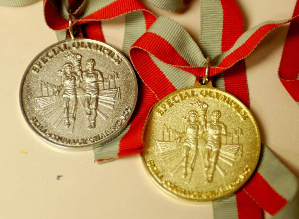 Man made of medals _lowres