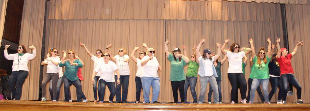 Students, teacher Lip Sync Battle to collect canned food _lowres