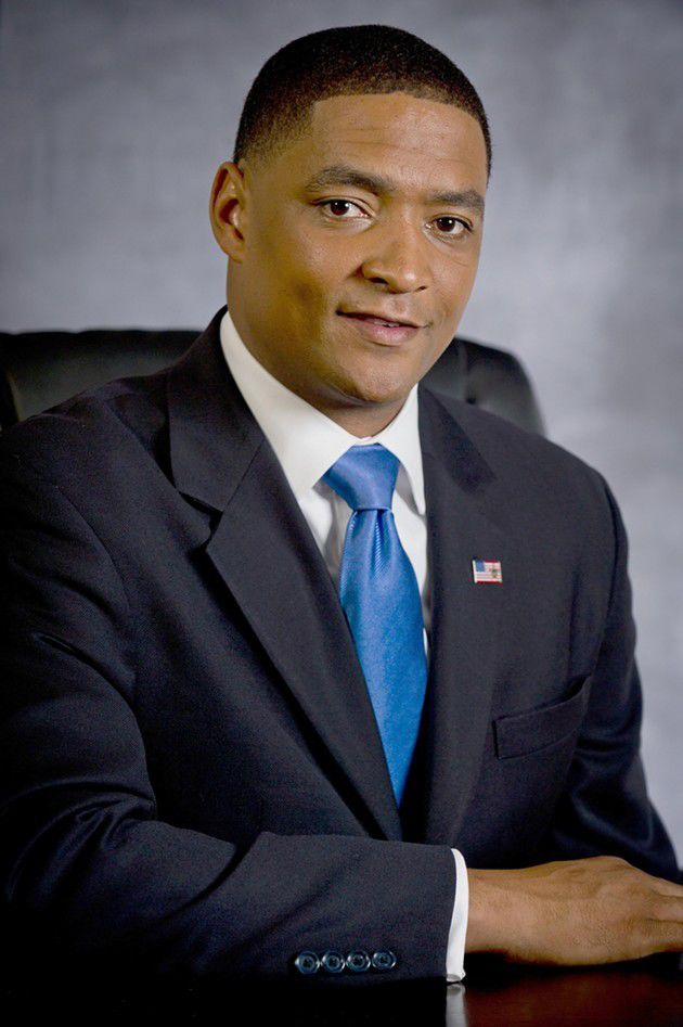 Cedric Richmond defends Maxine Waters, calls out critics for hypocrisy over outrage_lowres