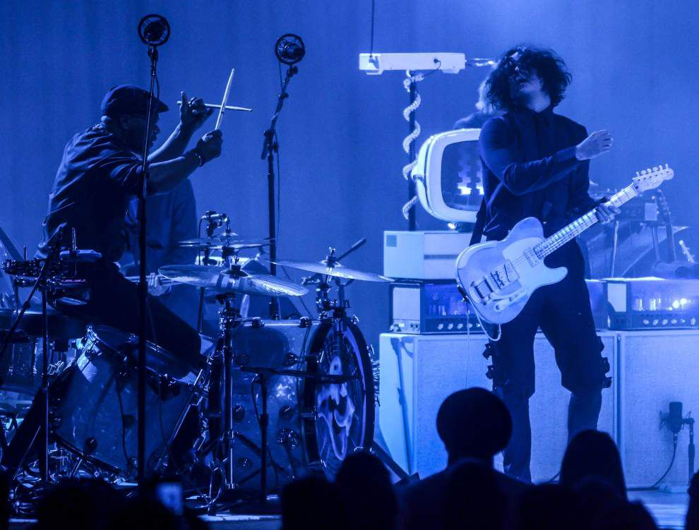 Jack White review: Rock gets its due in hard-charging show at Saenger _lowres