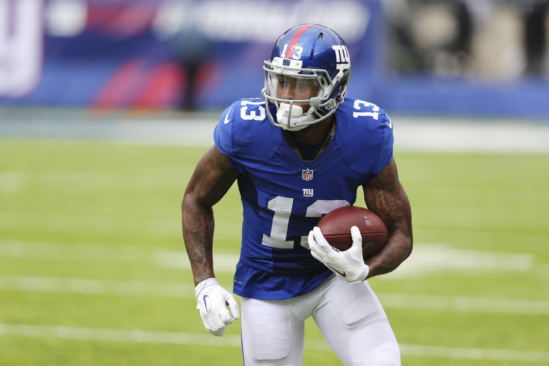 Giants' Odell Beckham plays in cleats stuffed with grass from ...