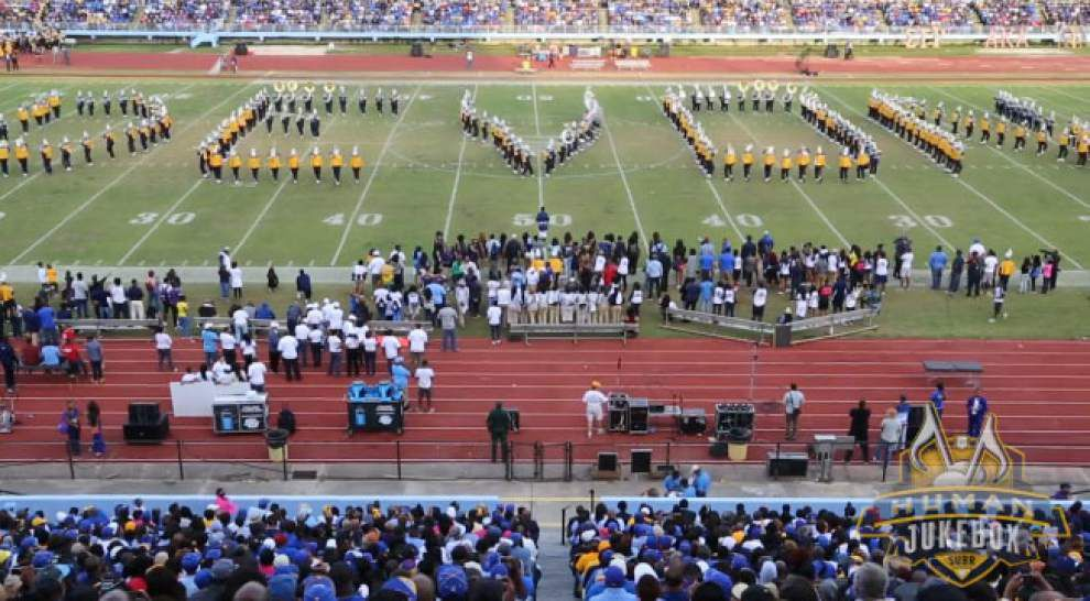 Southern band pays touching tribute to injured player Devon Gales at homecoming game _lowres