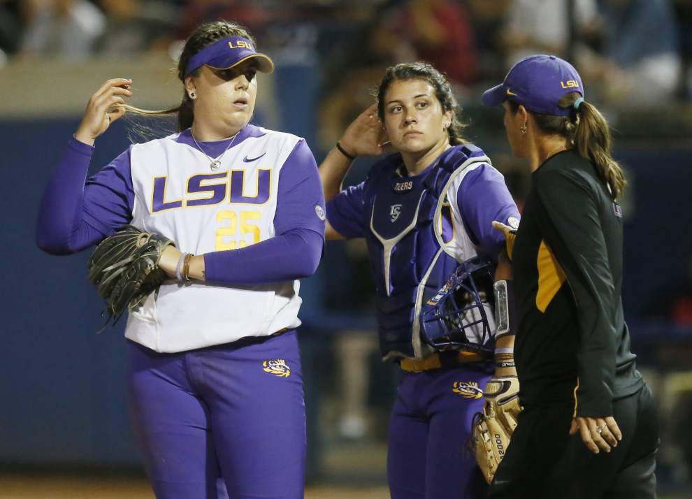 LSU softball team finishes No. 3, No. 4 in final polls _lowres