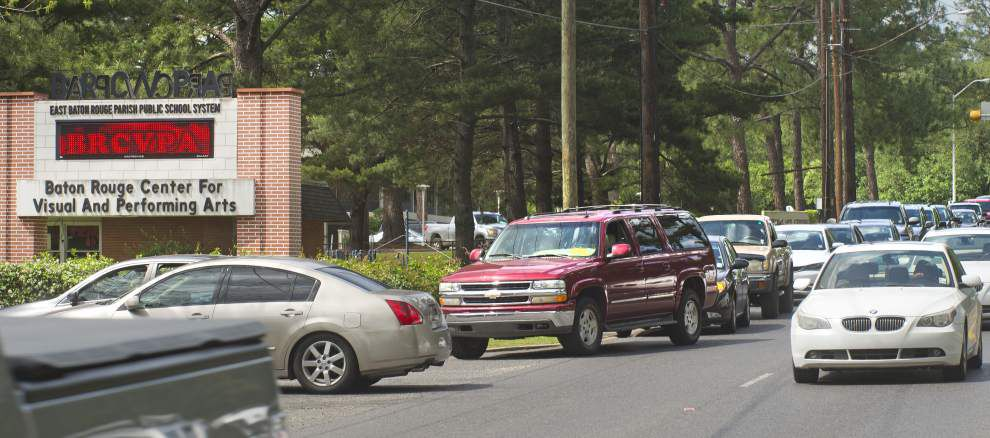 Baton Rouge mother banned after bypassing long carpool lines; 'major safety issue,' school official says _lowres