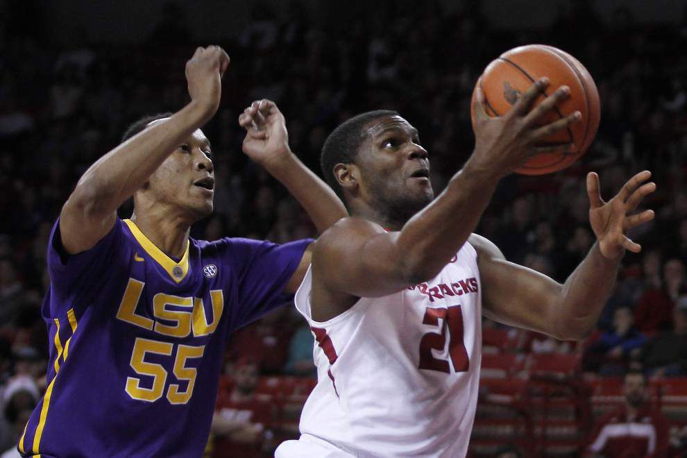 Arkansas pushes LSU free fall further along with 85-65 win _lowres