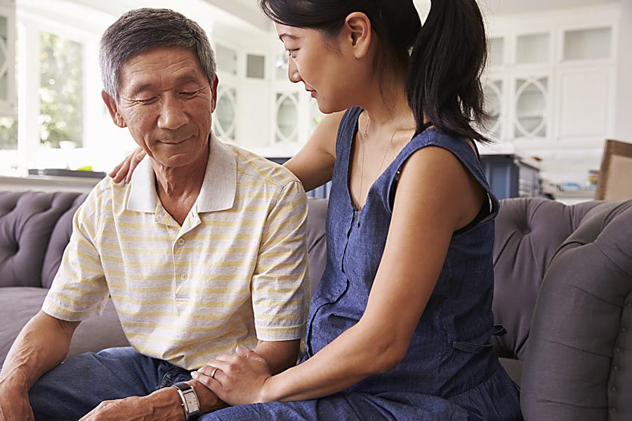 Recognizing physical and mental declines in elderly loved ones_lowres