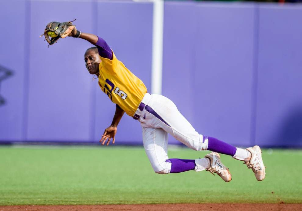 LSU softball notebook: Beth Torina's confidence in her freshmen pays off with WCWS berth _lowres