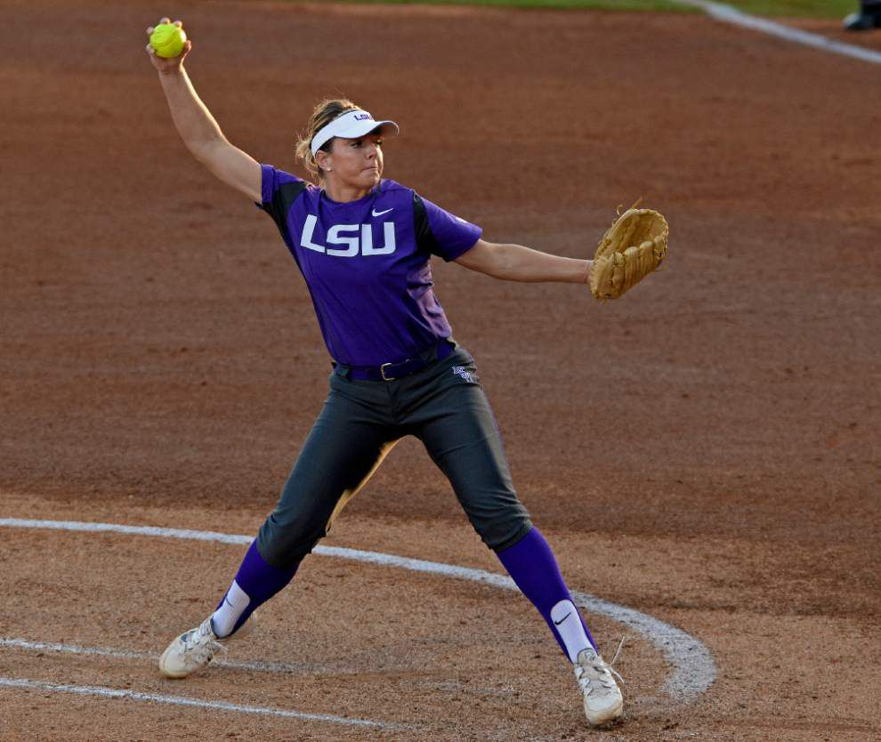 Scott Rabalais: Softball season couldn't have started any better for LSU _lowres