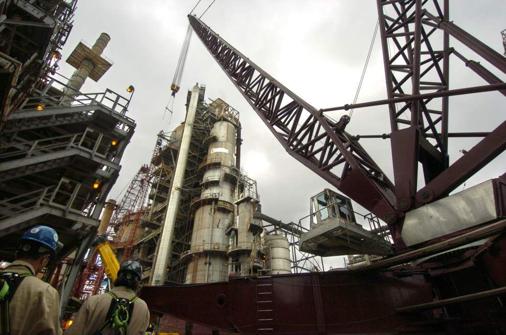 United Steelworkers issue strike notices in Louisiana _lowres
