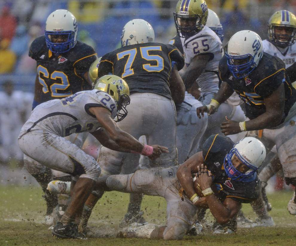Southern is having fumble problems ... in all kinds of weather _lowres