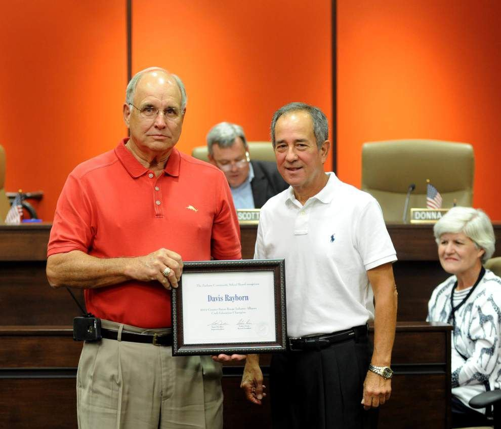 Zachary High welding instructor awarded _lowres