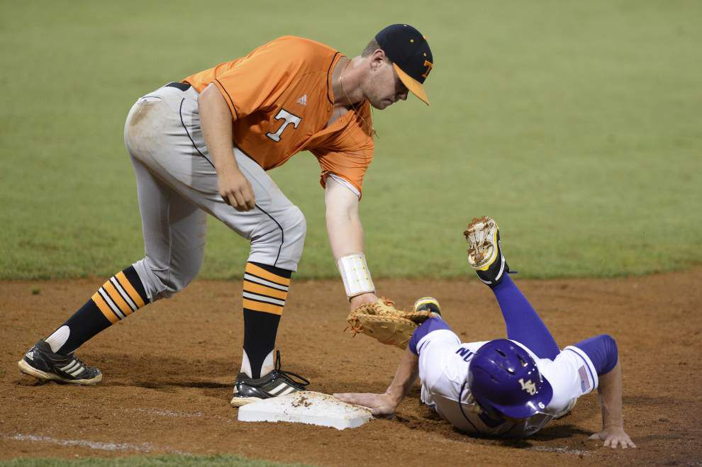 LSU baseball postgame: LSU defeats Tennessee 8-7 _lowres