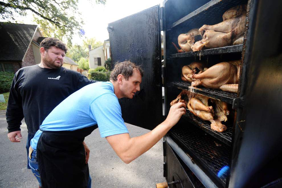 Two Acadiana friends find smoking turkeys to feed the needy a ritual that makes their ownThanksgiving special _lowres