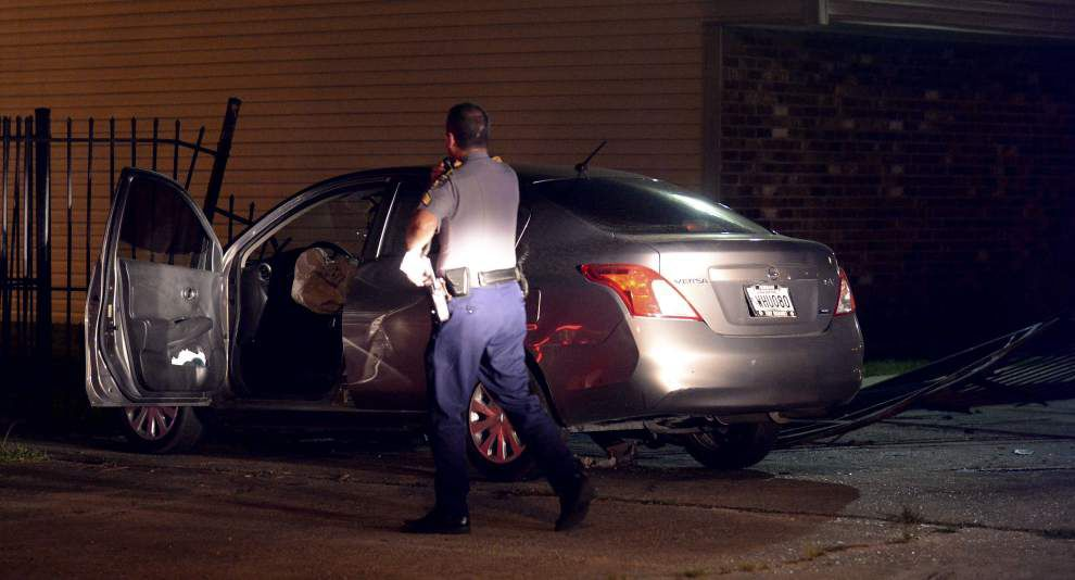 Two separate chases in Baton Rouge on Monday night end in crashes _lowres