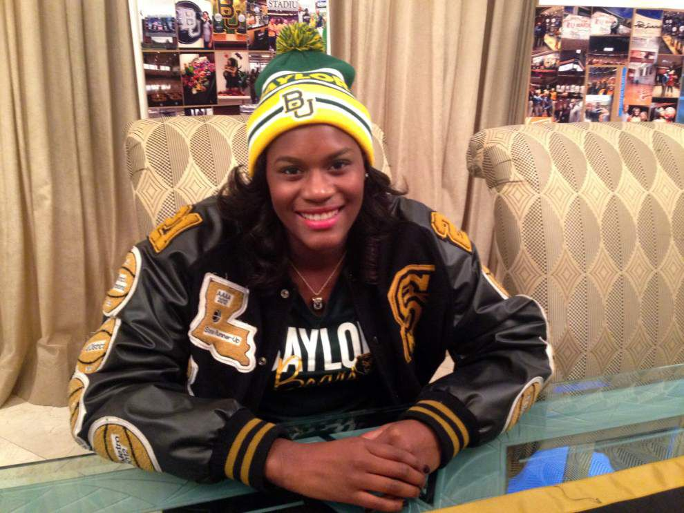 Salmen's Kalani Brown signs with Baylor _lowres