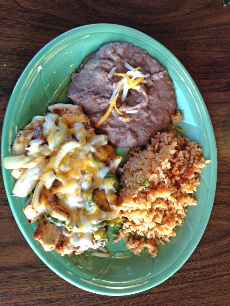 Review: Marina's offers solid Mexican fare _lowres