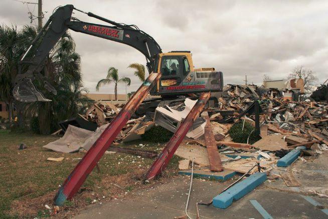 Elevation Lounge demolition