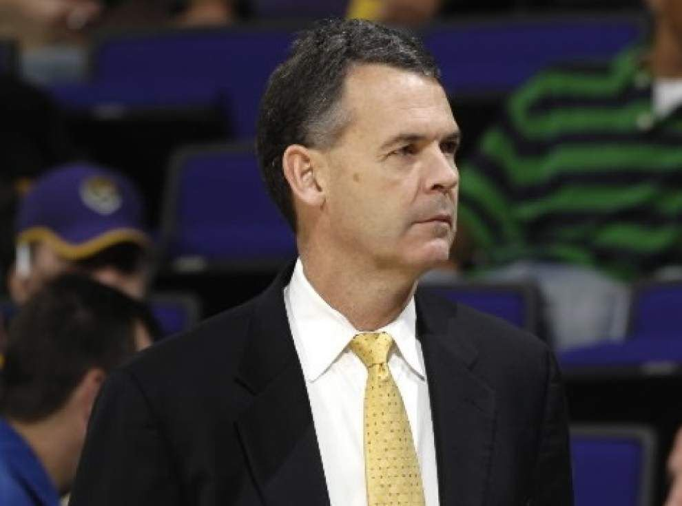 Surprise move: LSU men's basketball associate coach John Treloar quits after accepting job in April _lowres