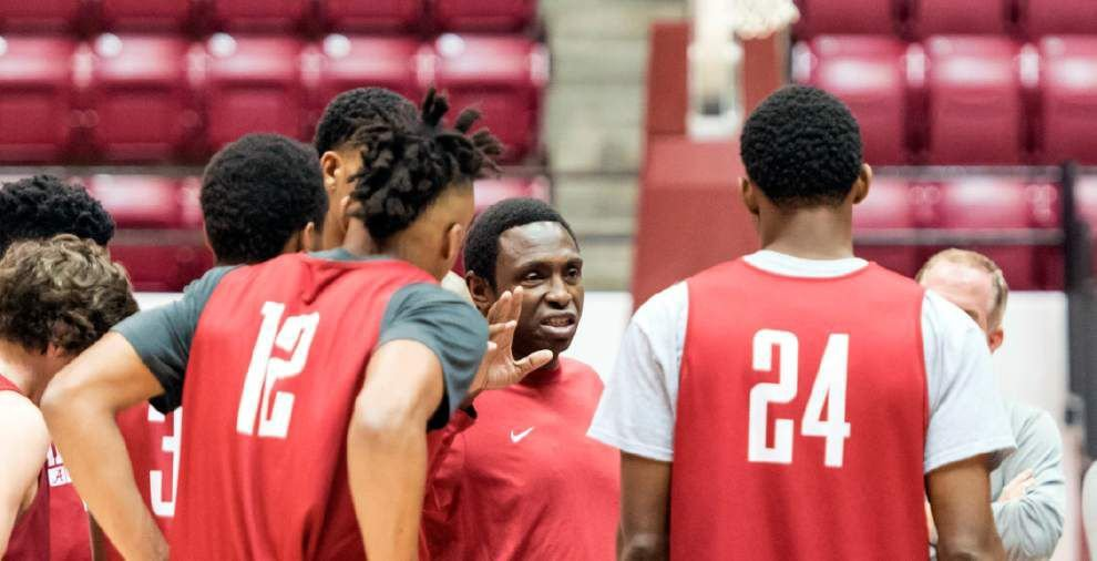 Former Southern star Avery Johnson to debut as college coach, with Alabama hosting Kennesaw State _lowres